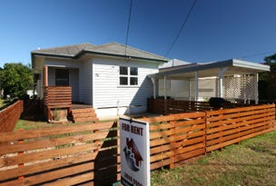 73 King Street, Woody Point, Qld 4019
