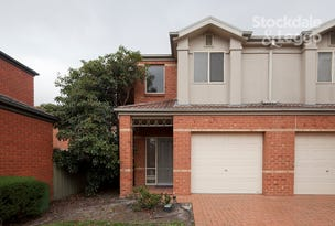 51 St Laurent Rise, Knoxfield, Vic 3180