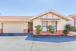 19/12 Denton Park Dr, Rutherford, NSW 2320