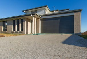 1/4 Brearley Court, Rural View, Qld 4740