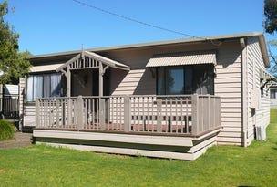17 Brush Box St, Lake Hume Village, NSW 3691