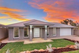 15 Flack Crescent, Boorooma, NSW 2650
