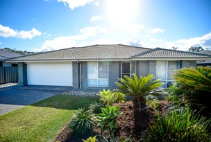 16 Admiralty Drive, Safety Beach, NSW 2456