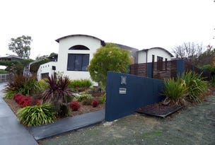 7 Nicholii Loop, Jerrabomberra, NSW 2619