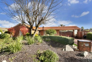 19 Mayfield Parade, Strathdale, Vic 3550