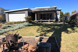 12 Scott Street, Shoalhaven Heads, NSW 2535