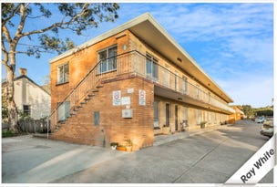 4/9 Macqouid Street, Queanbeyan East, NSW 2620