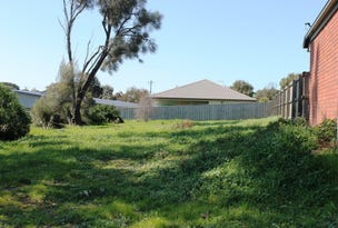 23 Castlecombe Circuit, Cowes, Vic 3922