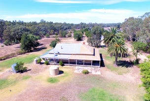 94 LLOYDS LANE, Deniliquin, NSW 2710