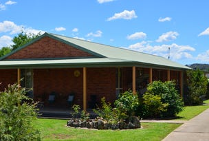 98A Russell, Tumut, NSW 2720