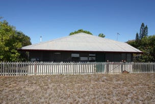 19 Rainbow Road, Towers Hill, Qld 4820
