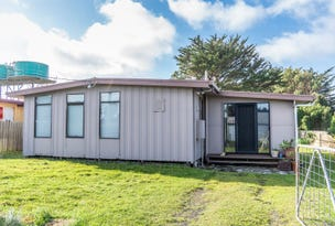 22 Blackwood Street, Grassy, Tas 7256