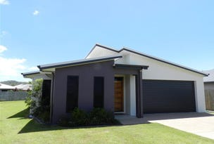 11 Hook Court, Sarina, Qld 4737
