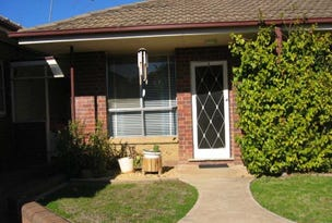 1/24 Halloran Street, Turvey Park, NSW 2650