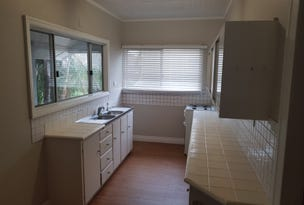 569 Oxley Avenue, Scarborough, Qld 4020