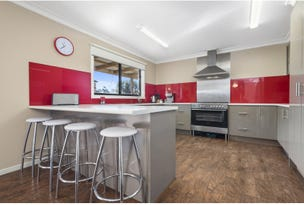 8 Connors Road, Lancefield, Vic 3435