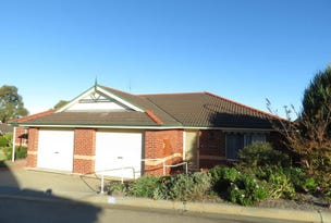 Unit 43/1-5 Canal Road, Paynesville, Vic 3880