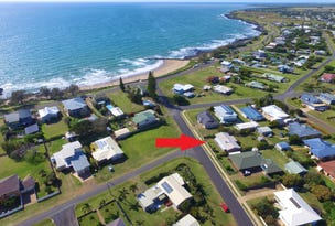 21 Scott St, Burnett Heads, Qld 4670