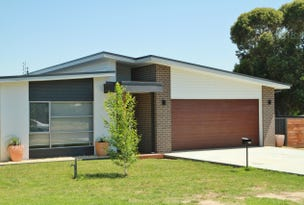 18 Marshall Cres, Heathcote, Vic 3523