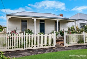 11 Barclay Street, Port Fairy, Vic 3284