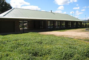 35 Ridge Road, Whittlesea, Vic 3757