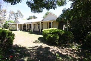 Kooroocheang, address available on request