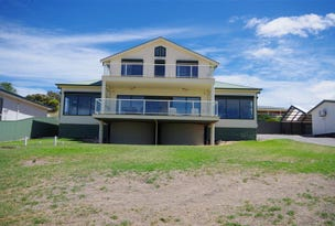 13 Bay Crescent, Point Turton, SA 5575