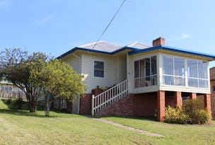 8 Gowing Avenue, Bega, NSW 2550