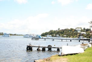 2 Marks Pde, Marks Point, NSW 2280