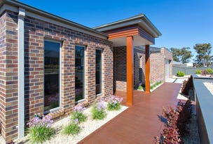 12 Bunny Hop Court, Mount Clear, Vic 3350