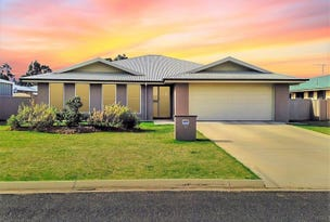 30 Sommerfeld Crescent, Chinchilla, Qld 4413