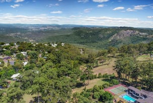 17 Hilltop Crescent, Blue Mountain Heights, Qld 4350