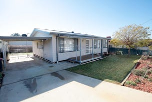 27 Percy St, Junee, NSW 2663
