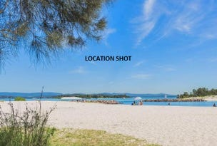 74 Marks Point Road, Marks Point, NSW 2280
