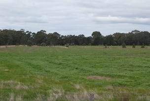 - Sunraysia Highway & Stoney Crossing Rd, Redbank, Vic 3477