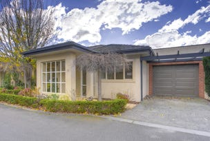 18 Golf Drive/60 Bergins Road, Rowville, Vic 3178