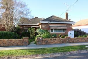 6 Wallace Avenue, Flora Hill, Vic 3550