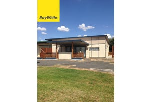 Flat @ 28 Ring Street, Inverell, NSW 2360