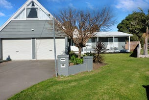 2 The Moorings, Paynesville, Vic 3880