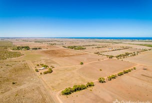 52 Brand Highway, Greenough, WA 6532