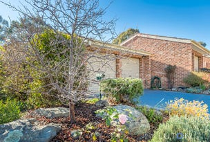 12 Nairn Place, Macquarie, ACT 2614