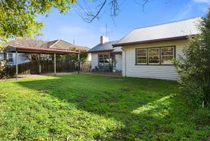 2 Wallace Avenue, Flora Hill, Vic 3550