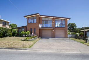 37 Seaview Pde, Lakes Entrance, Vic 3909