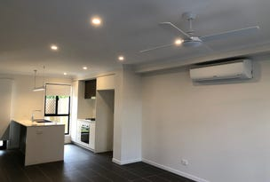 Two Bed Townhouse/12 Mckoy Street, Coopers Plains, Qld 4108