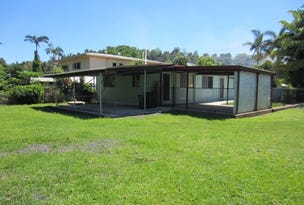32 MAUD ST, Flying Fish Point, Qld 4860