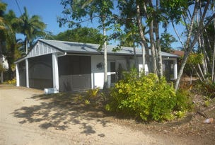 10 Holland Street, Mission Beach, Qld 4852