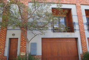 3/10 King William Street, South Fremantle, WA 6162