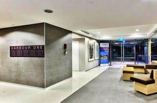 Luxury Furnished Unit – Hamilton Harbour