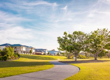 The Surrounds Helensvale