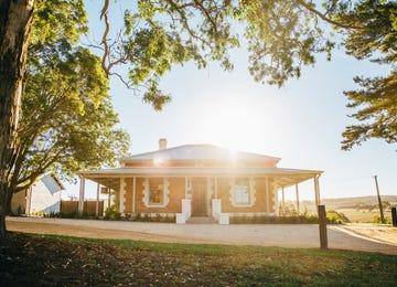Newenham Adelaide Hills Mount Barker